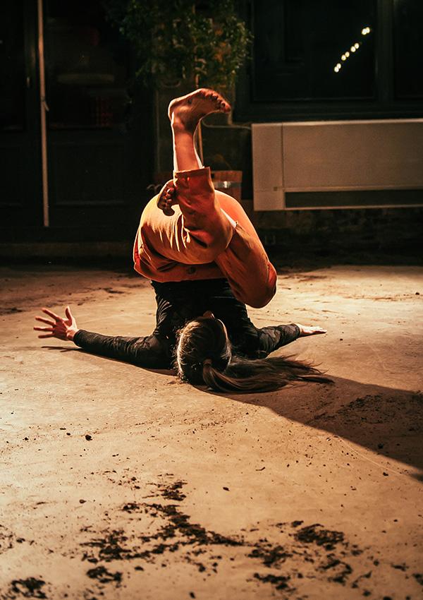 DansBlok @ Scheltema - Mana Órite - Isabelle Nelson ©Kim Doeleman