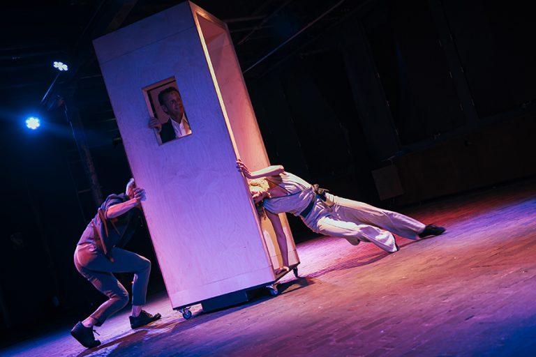 DansBlok @ Scheltema - Tweezaamheid - Vuur&Vlam Produkties (Arthur Roffelsen, Don Raven en Rosa Allessie) ©Kim Doeleman