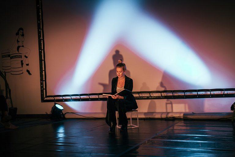 DansBlok @ Red Carpet Lounge - Éryn Nieuwint ©Kim Doeleman