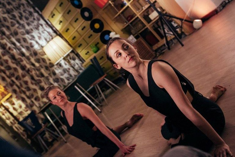 DansBlok @ Cafe Leidse Lente - Look See - Rosa Allessie en Anna Livia Kruidenier ©Kim Doeleman